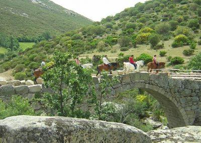 Gredos a caballo puente